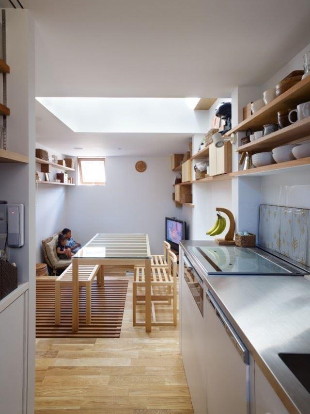 5144f28bb3fc4b88c6000083_house-in-nada-fujiwarramuro-architects_oishi2165520001-750x1000