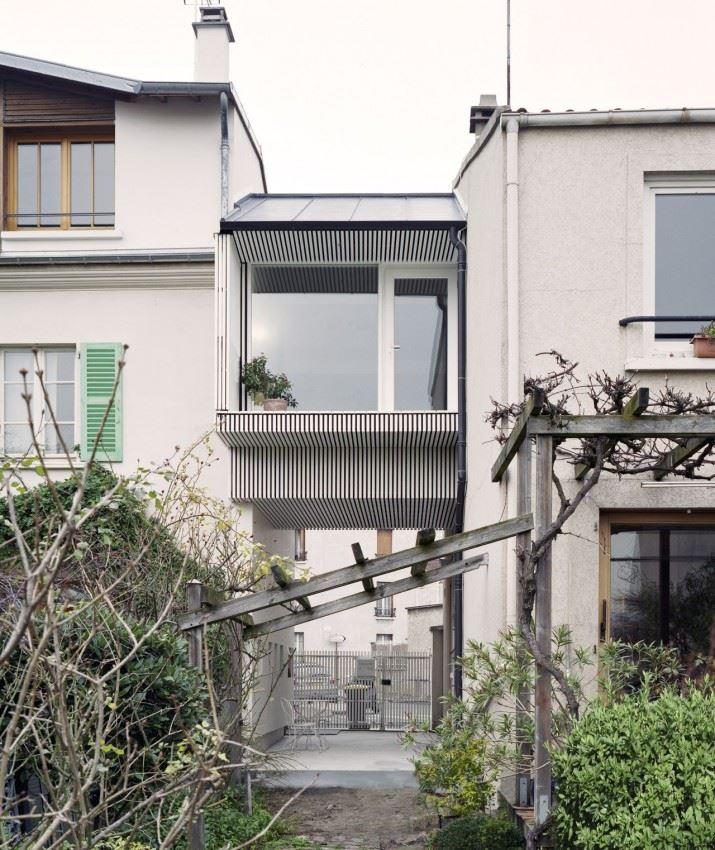 51f00cb8e8e44ea5b70000f3_a-suspended-room-nem-architectes_08