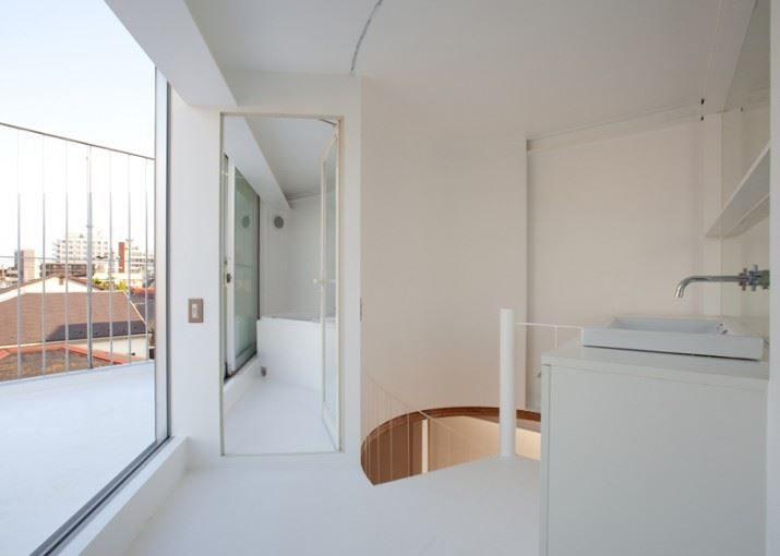 dezeen_Small-House-by-Unemori-Architects_ss_8