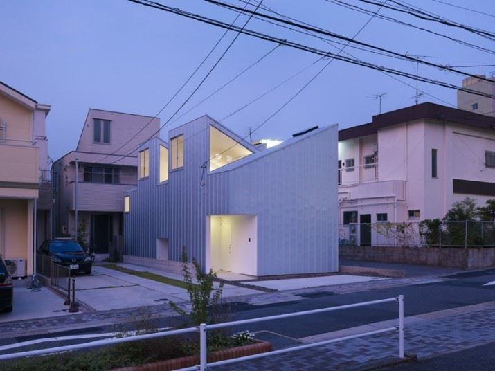 complex-house-02