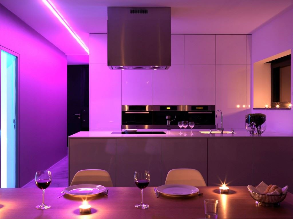 Minimalist-home-by-Ippolito-Fleitz-Group-Haus-F-13