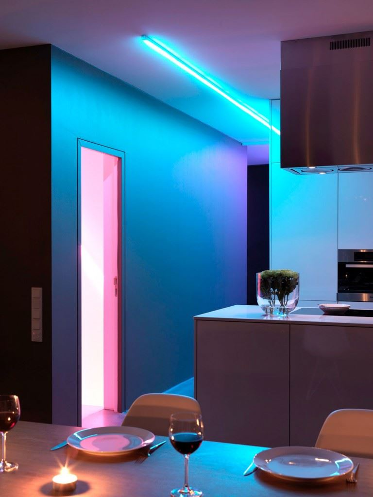 Minimalist-home-by-Ippolito-Fleitz-Group-Haus-F-14