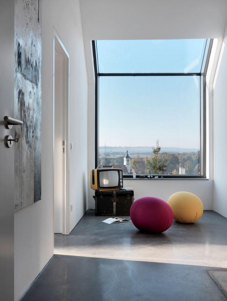 Minimalist-home-by-Ippolito-Fleitz-Group-Haus-F-20