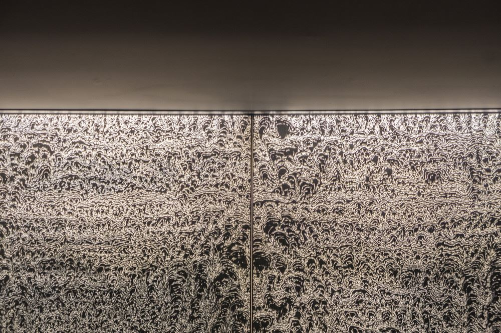 beautiful-concrete-paneling