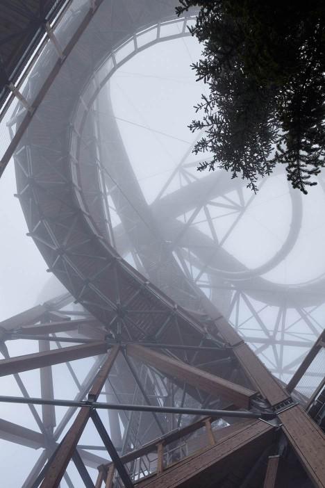 mountain-path-brave-468x702