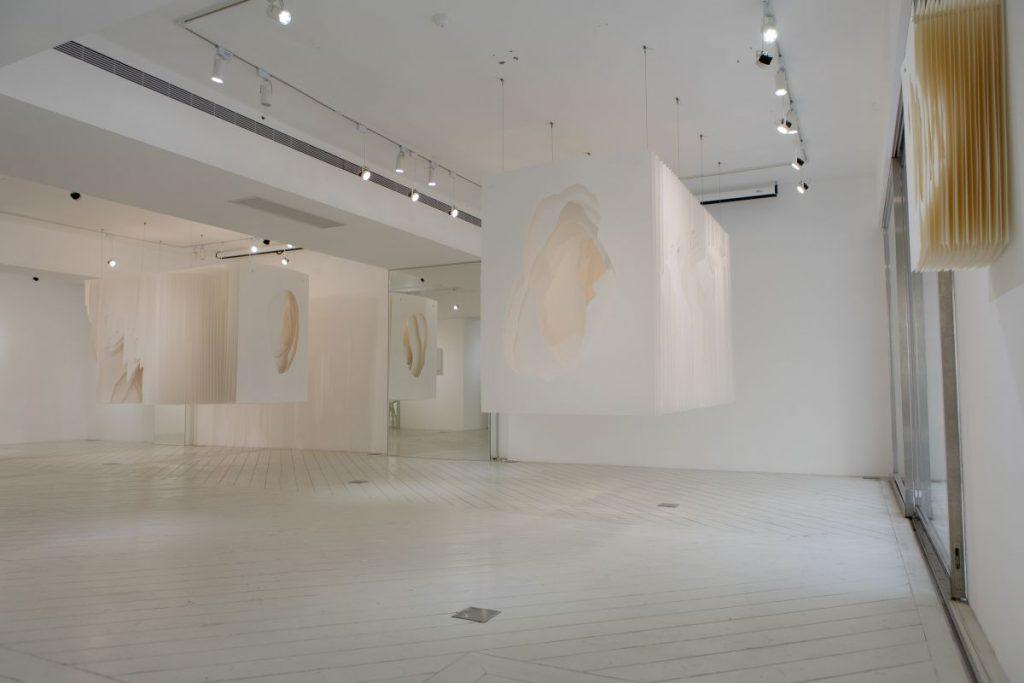 Bluerider AR,展覽,Terforation,紙的顛覆與構築, Angela Glajcar雕塑,藝術,紙,詩意,光線,抽象,城市美學新態度