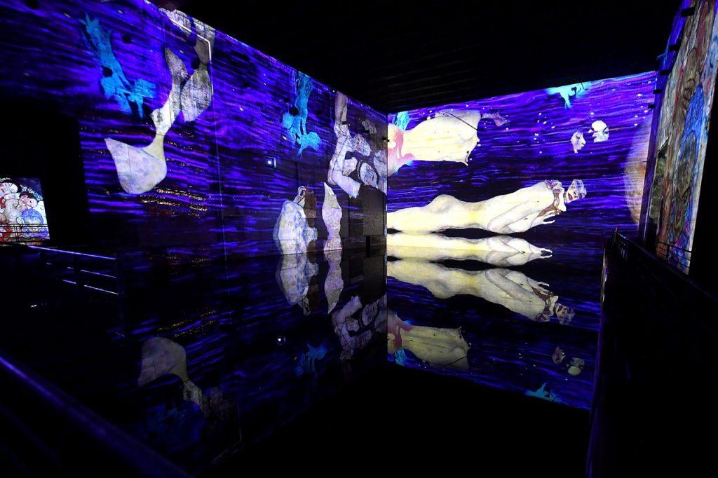 全球最大數位藝廊Bassins de Lumières