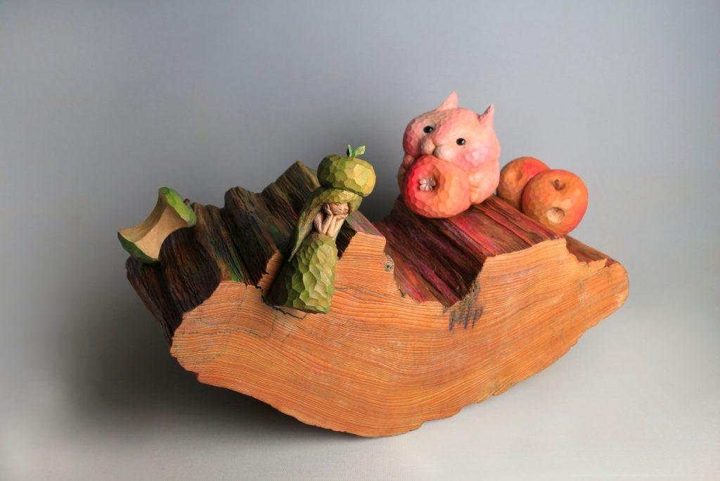 陳佩吟 木雕 創作,《與自己玩蹺蹺板》